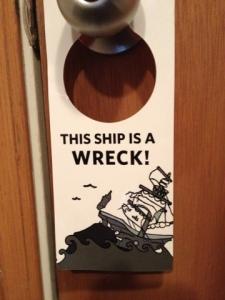 Picture of Ship Wreck Door Hanger